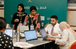 Minister of Health Ameen meets with ministry officials at the emergency operations centre. PHOTO: MIHAARU