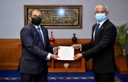 President Ibrahim Mohamed Solih appoints Dr Abdulla Mausoom as Maldives' new Minister of Tourism on August 6, 2020. PHOTO/PRESIDENT'S OFFICE