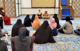 The first ever dharus held by a woman in the main hall of a Malé mosque, during Ramadan 2019. PHOTO/AISHA HUSSAIN RASHEED
