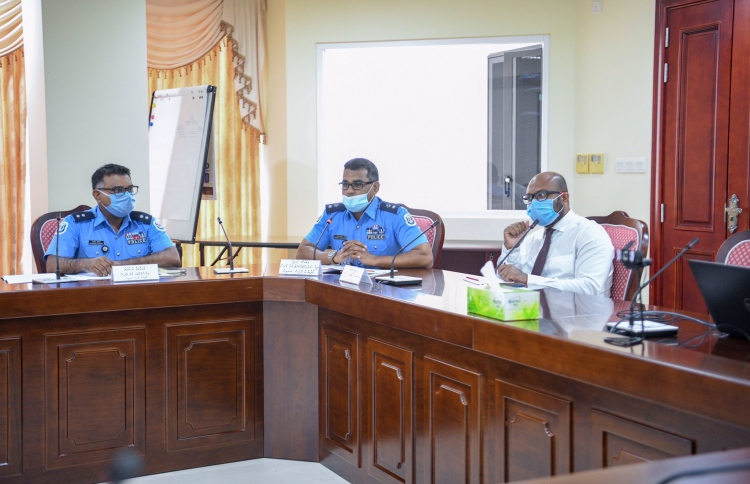 Police share fears over allowing citizens previous freedoms, at the meeting held by  Parliamentary Committee on National Security and Foreign Relations, with the attendance of Home Minister Imran. PHOTO: MAJILIS