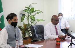 Indian High Commissioner Sunjay Sudhir (L) alongside Minister of Foreign Affairs Abdulla Shahid. PHOTO: MINISTRY OF FOREIGN AFFAIRS