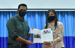 Auditor General Hassan Ziyath and Parliamentary representative for Addu's Meedhoo constituency Rozaina Adam (R) launched the Auditor General Office's Strategic Plan (2021-2024). PHOTO: AHMED AWSHAN ILYAS / MIHAARU