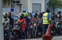 Traffic police. PHOTO: NISHAN ALI / MIHAARU