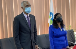 Male' Mayor Muizzu and Former Mayor Shifa: The oath taking ceremony was conducted online -- Phhoto: Male City Council