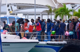 People leaving Male': travelling to islands for school break has been prohibited to control the spread of COVID19 -- Photo: Ahmed Awshan Ilyas/ Mihaaru
